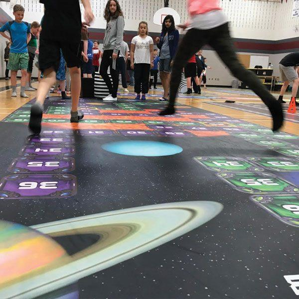 cosmic-climb-differentiated-math-game